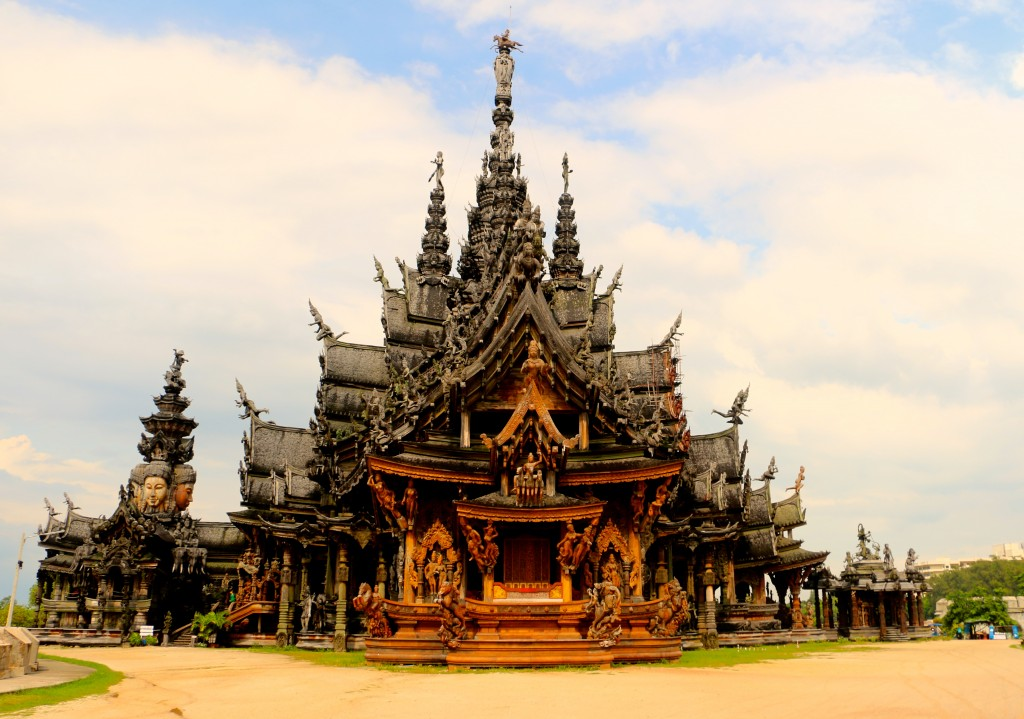 Sanctuary of Truth Pattaya Thailand 3