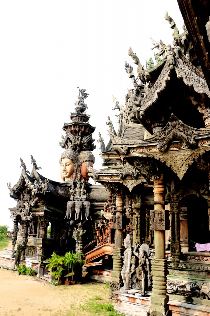 Sanctuary of Truth Pattaya Thailand 46
