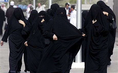 womeninburqas