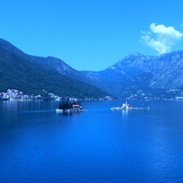 Dubrovnik Croatia to Montenegro, Crossing the Boarder for a Day